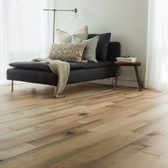 Hardwood flooring | Webb Carpet